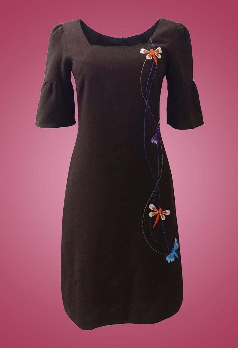 Đầm xốp cốc cổ vuông